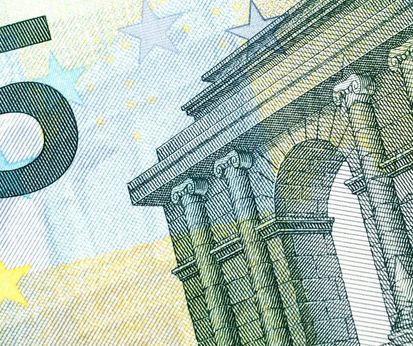 Geldschein: BAföG bezahlen