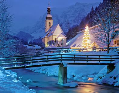weihnachtliche Kapelle von Ramsau bei Berchtesgaden
