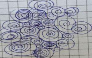 Was das Kritzeln von Kreisen und Kringeln über deine Persönlichkeit aussagt