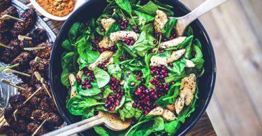 Salat Hähnchen Granatapfel - Mittagspause