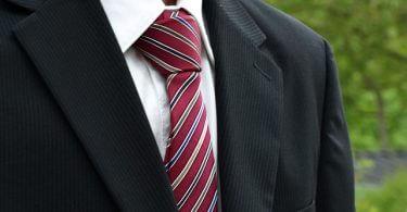 Krawatte im Vorstellungsgespräch | Karriereguru