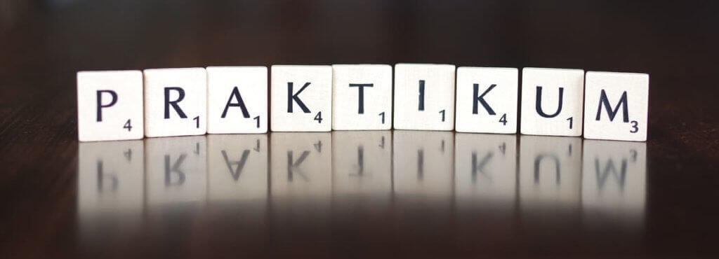 Praktikum Vergütung Scrabble Buchstaben Praktikum