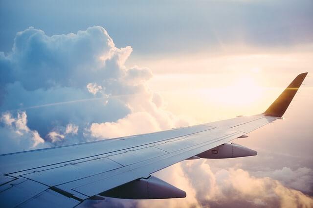 Flugzeug Arbeiten im Ausland